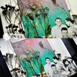 Przestrzenny kolaż na malowanym tle w ramce, z suszonymi roślinami